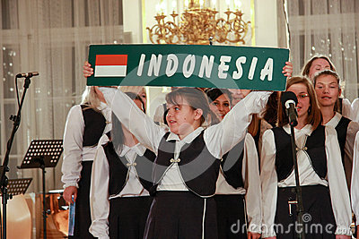 Children's Choir sing Indonesia song in Prague Castle