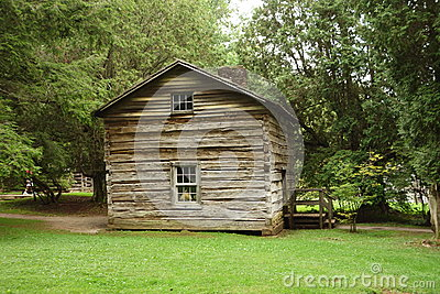 A log cabin from pioneer days
