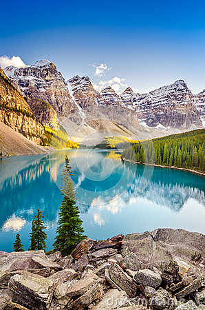 Landscape view of Moraine lake in Canadian Rocky Mountains