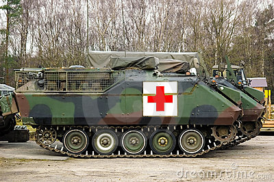 Armoured tank ambulance