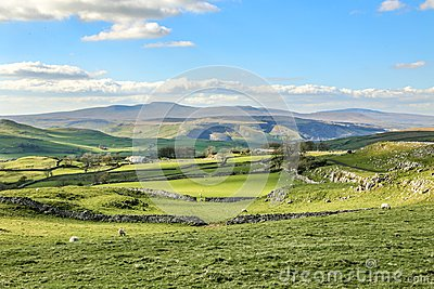 Beautiful yorkshire dales landscape stunning scenery england tourism uk green rolling hills europe