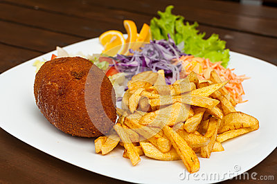 Kiev cutlet with fries