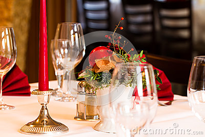 Christmassy table setting in a restaurant
