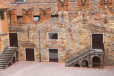In the innen courtyard of Juliet's house. Verona, Italy