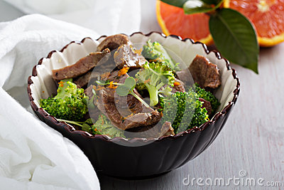 Beef stewed with broccoli