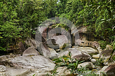 The Boulders, Cairns