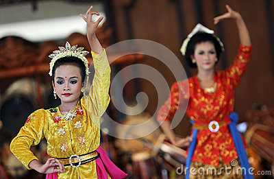 Dancers in action in one of the opening of a cultural festival