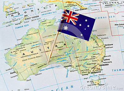 Australia map flag pin