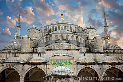 Blue Mosque from courtyard against beautiful sky, Istanbul