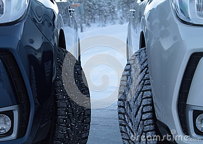 Winter drive safety. Studded tires against studless tires