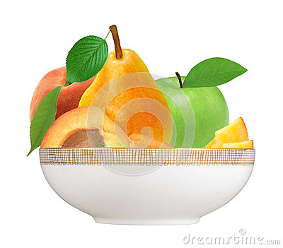 Fresh strawberry, apricot, peach, apple and pear in plate