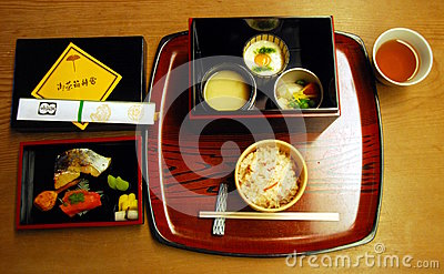 Casual kaiseki lunch