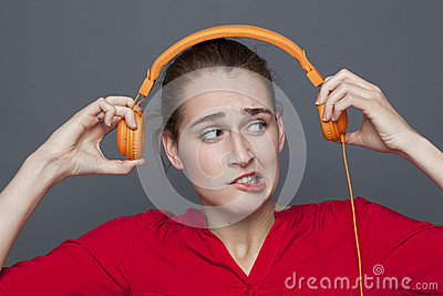 Tinnitus headphones concept for dubious 20s girl