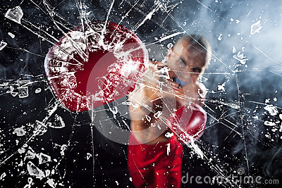 The boxer crushing a glass
