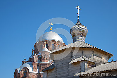 The dome of Trinity Church and the Cathedral of the icon of the Mother of God. Ioanno-predtechenskiy monastery, Sviyazhsk