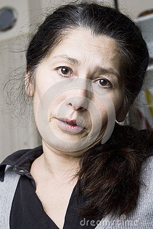 Asian woman is having toothache