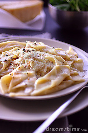 Pasta with vegetable sauce