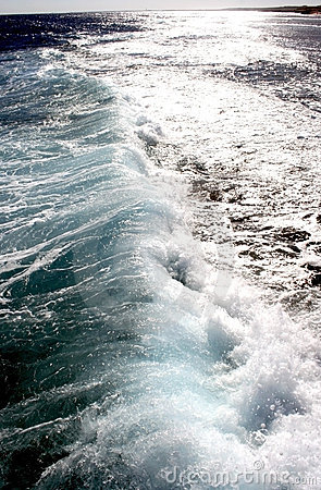 Waves on the Red sea