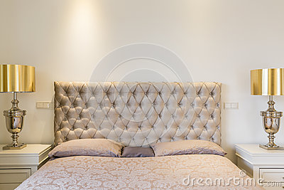 Quilted headboard bed