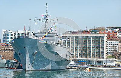 Flagship military ship of US Navy 7th Fleet in russian port