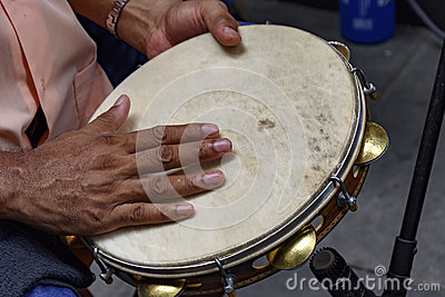 Tambourine being played by a ritimist