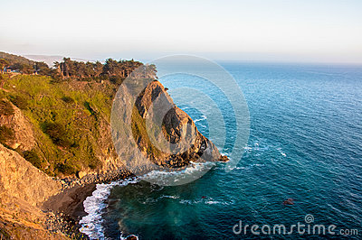 Cliff in the Pacific Ocean near Big Sur, California, USA