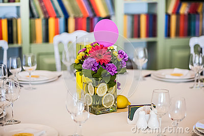 Guest table decorated with gaudy bouquet