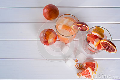 Refreshing summer cocktails with citrus fruits