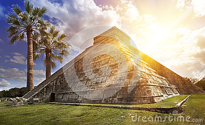 Famous El Castillo pyramid The Kukulkan Temple, feathered serpent pyramid at Maya archaeological site of Chichen Itza in Yucatan