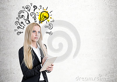 Blond woman with a copybook, questions, bulb