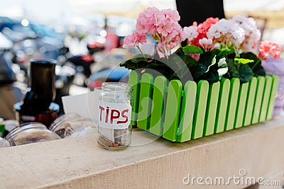Glass jar for tips