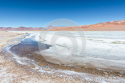 Volcán Pilli and Pilli Lake Frozen - Atacama Desert