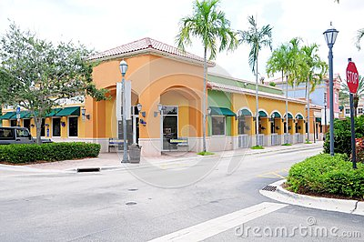 Restaurant and retail stores, FL