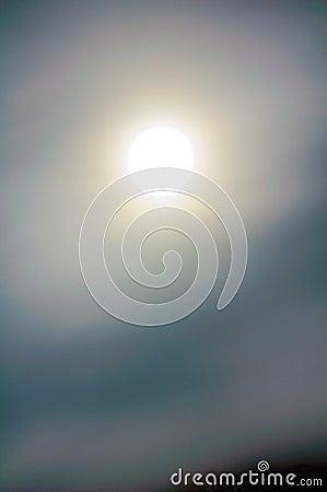 充分的光晕月亮 库存照片