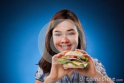 大吃女孩三明治年轻人