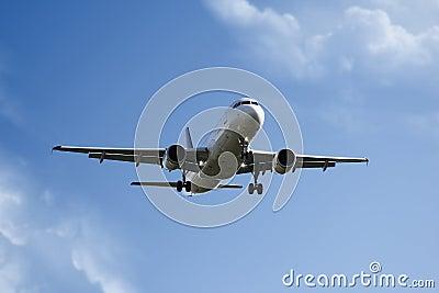飞机着陆 免版税库存照片