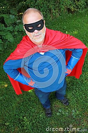 Älterer Superheld