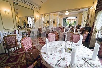 äta middag elegant lokal
