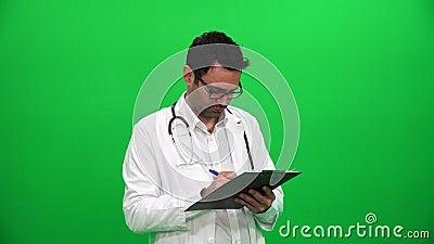 Écriture de docteur sur la planchette banque de vidéos