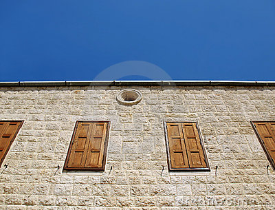 Église libanaise Windows fermé