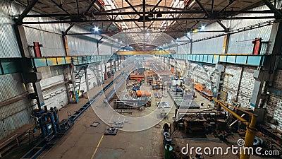 έννοια βιομηχανική Μια άποψη από τη γέφυρα στο εργοτάξιο οικοδομής μέσα στο πιάτο κατασκευής απόθεμα βίντεο