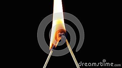 2 спички в форме письма l Lit и ожог на черной предпосылке акции видеоматериалы