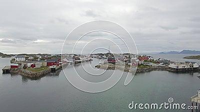 Über Inseln Lofoten Henningsvær stock video