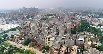 Überfliegen in der armen chinesischen Region Slums in Porzellan Schlechte Gegend der asiatischen Stadt stock video