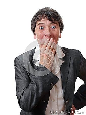 Überraschte Geschäftsfrau