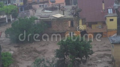 Überschwemmungen im Zusammenhang mit der globalen Erwärmung in Bulgarien stock video footage