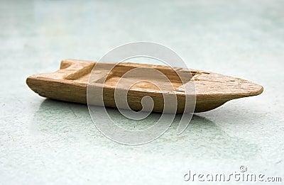 木小船老的玩具