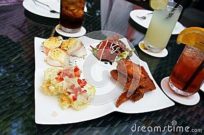 śniadanio-lunch kierownictwo