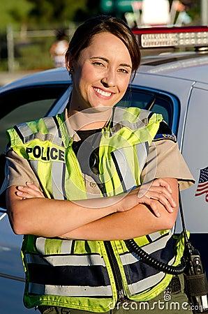 Żeński funkcjonariusz policji