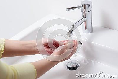 欧式白色陶瓷香皂盒